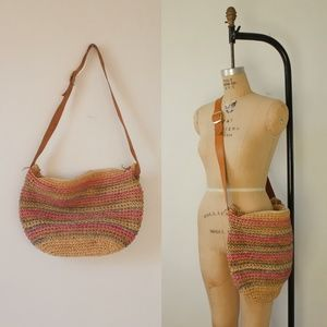 1970s woven market bag   vintage woven straw tote